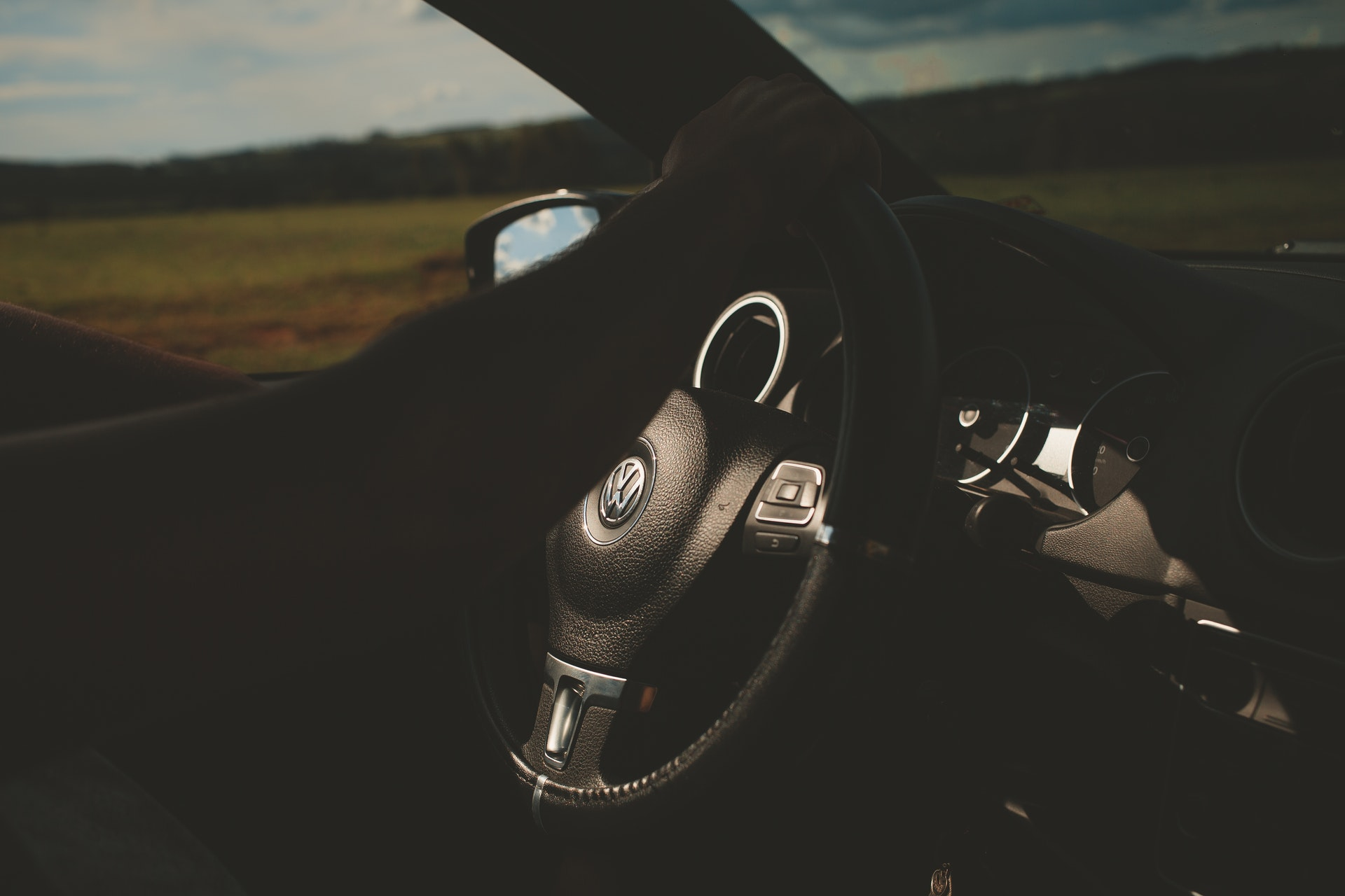 steering wheel on car